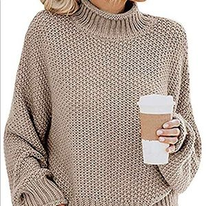Sweaters - Women's Oversized Chunky Knit Pullover Sweater - M